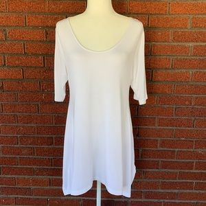 Soft Surroundings White Timely Top Size Medium